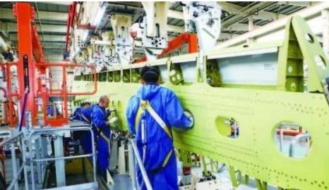 西飞采用自动制孔生产线生产出的C919飞机已完成应用验证