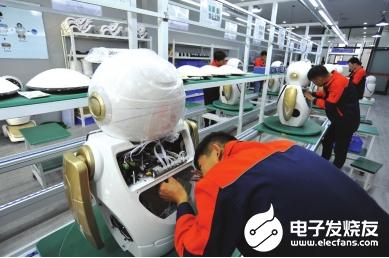 甘肃悄然兴起智能科技 完成第100台智能机器人的生产