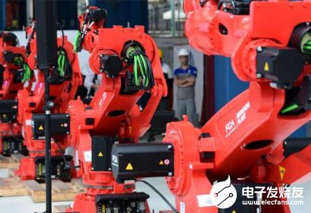 机器人不足以取代人工 并没有拉高失业率