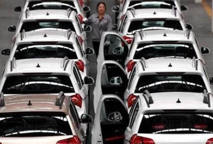 2025年智能网联汽车新车销量占比达到30%