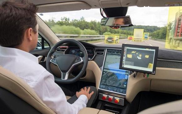 谷歌自动驾驶历经坎坷 当前情况对其非常重要