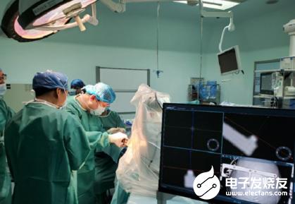 国产手术机器人在山东省首次完成脑深部电刺激器植入手术
