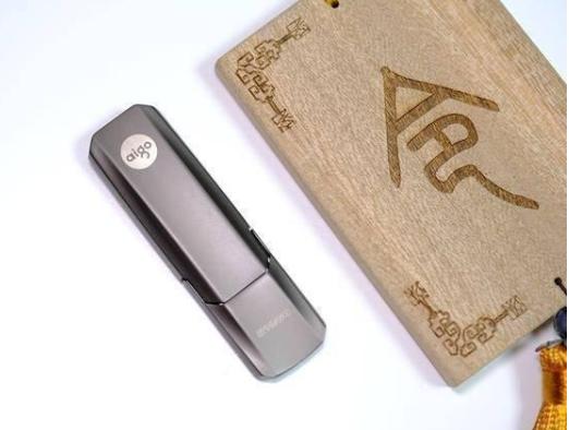 aigo推出高速固态U盘,可提供64G、128G、256G、512G和1T五种容量