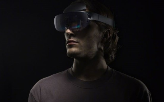 OPPO首款AR眼镜,比Hololens更轻薄