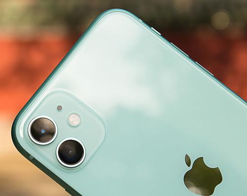 苹果将在新发布的三款iPhone 11系列手机中增加电池的续航能力