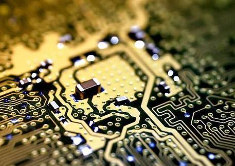 济南富能半导体高功率芯片项目成功封顶 将力争在10年内达到国际一流半导体生产企业水平