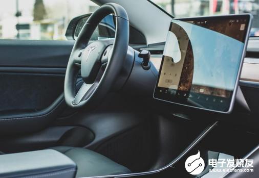 特斯拉训练Autopilot 完全自动驾驶车辆的前景晦涩难明