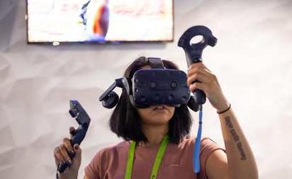 HTC推出两款虚拟现实头戴设备,提升用户的产品体验