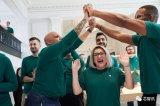 苹果为美国创造了240万个工作岗位,2023年预计会给美国经济贡献3500亿美元