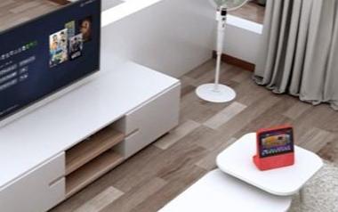 百度发布8英寸超大屏智能音箱,新增支持眼神唤醒功能