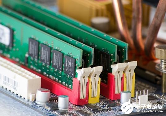 三星加大投资 明年全球内存芯片市场将出现反弹