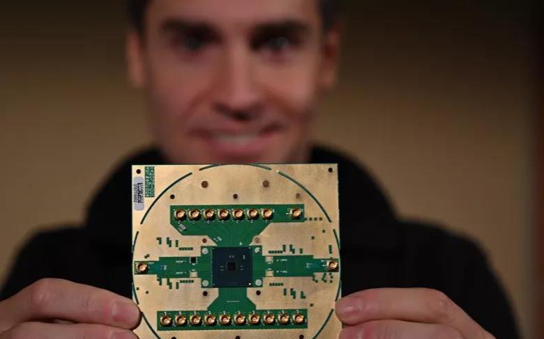 英特爾發布Horse Ridge芯片 加快量子計算系統開發