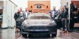 忠诚客户想要英菲尼迪纯电汽车,英菲尼迪给了特斯拉Model 3