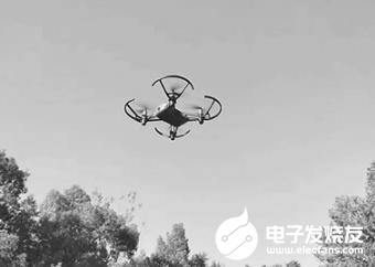 无人机考证成为培训火热项目 拿到证可在景区航拍或进行商业竞标