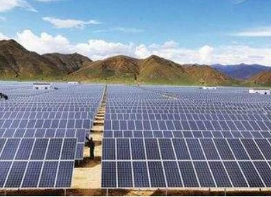 晶科能源430瓦高量产功率组件实现量产,持续推光伏组件市场量产『标准