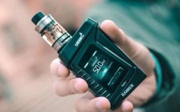 电子烟烟油的香精会损坏肺部,增加功能障碍的风险