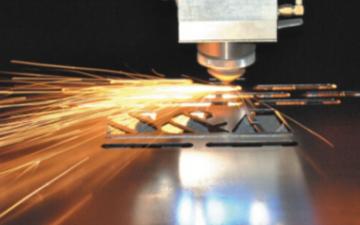 智能机器人应用迅速普及,激光制造企业如何迎接