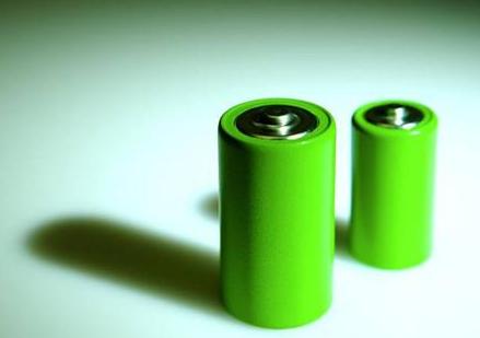 IBM宣布开发一款新电池概念 将从海水中提取三种未公开专利材料