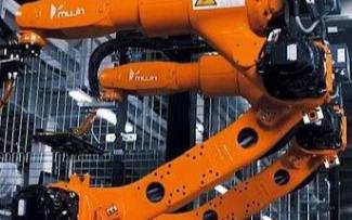 日本优衣库采用机器人打包,效率高生产快