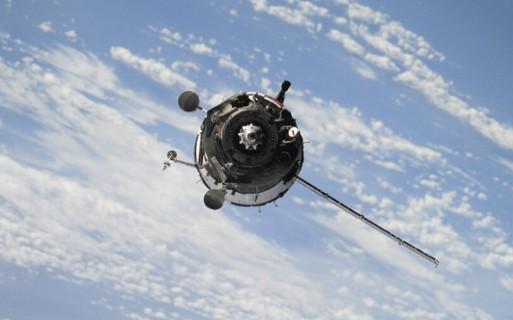 想不依赖运营商,苹果优先研究卫星和无线技术