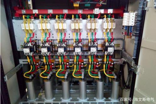 无功补偿电容柜里为什么可以不加热继电器?