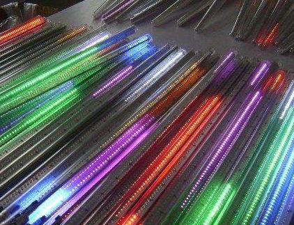 LGD OLED面板量产计划或延迟 国内面板厂将有机会缩小技术差距