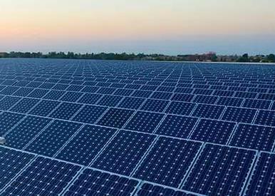 预测2019年光伏产品出口总额将超过200亿美元,将引领全球能源变革