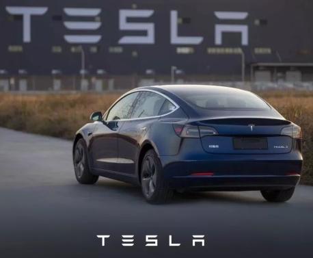 特斯拉Model 3车型已正式交付百公里加速最高能达到5.6秒