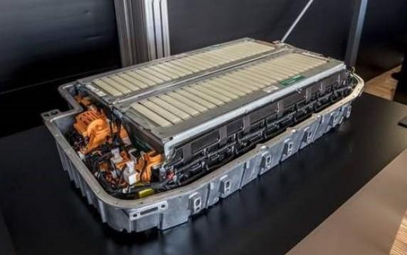 宁德时代CATL全固态电池开发中,实现商品化还需10年