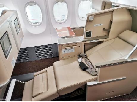 东航技术完成了首架波音737客机公务舱座椅的改装设计