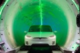 马斯克表示一条长约1.3公里的地下交通隧道有望在...