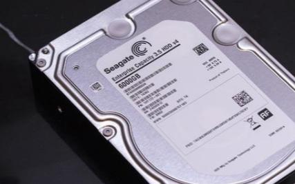 20TB的机械硬盘依旧是目前市场无可替代的选择