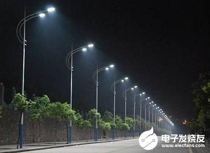 LED路灯电源外部防雷与内部防雷相结合 在雷雨天气能正常工作