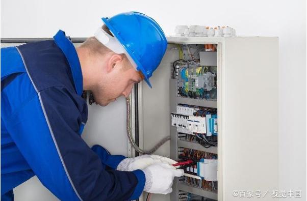 漏电断路器设在带漏电保护装置的插座回路