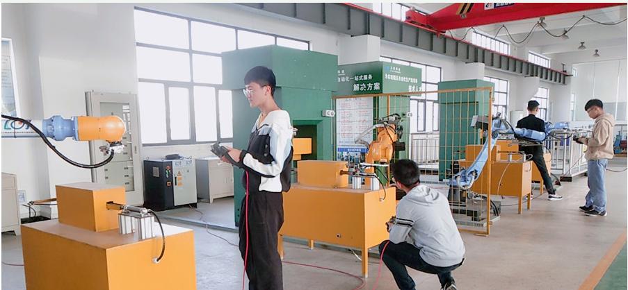 工业机器人主要用在哪一些地方