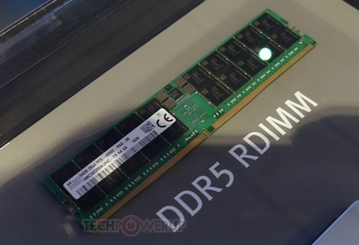 SK海力士最新DDR5 EEC内存条,性能有巨大的提升