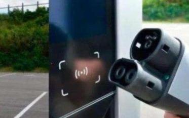 为实现电动汽车可持续发展,换电和充电谁更合适