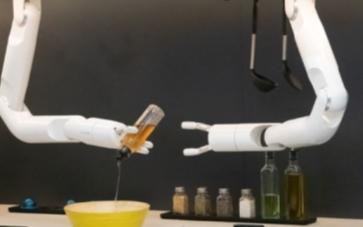 三星的沙拉厨师机器人可以为您提供智能服务