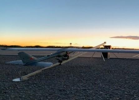 SFUAS太阳能固定翼无人飞机系统成功飞行测试和运行