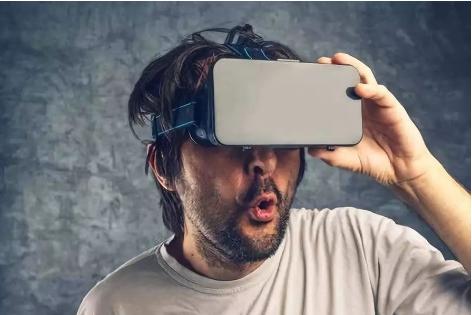 VR技术与垂直行业的应用结合度将不断提升