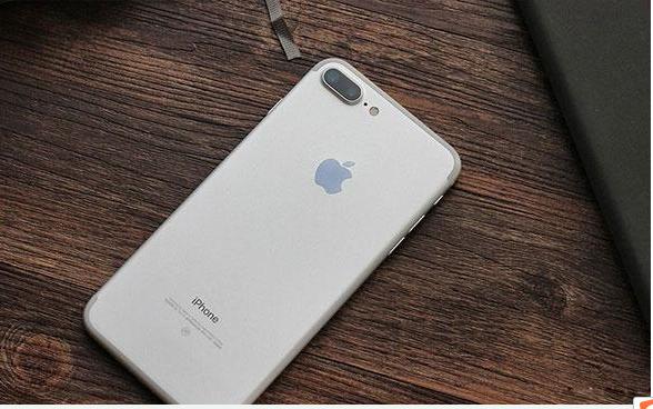 iPhone XR出现手机屏幕失灵的故障原因有哪些