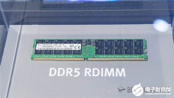 SK海力士展示单条64GB DDR5内存 频率最高可达6400MHz
