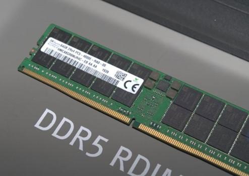 DDR5 RDIMM内存采用288引脚,有望将芯片运行电压降至1.1V