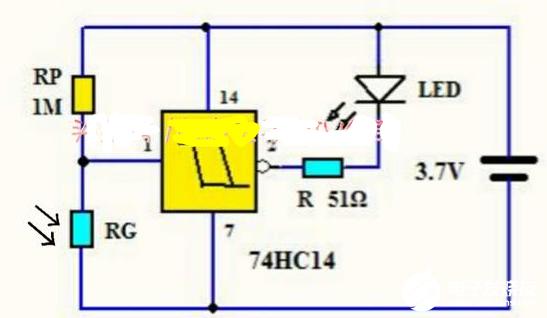 旧手机锂电池制作的微功耗光控LED小夜灯