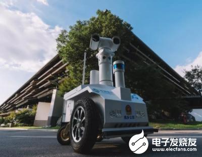 巡逻测温机器人 可实现红外线5米以内快速测量体温