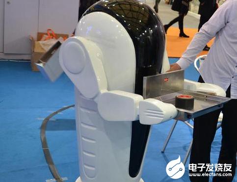 随着机器人变得便宜 巨型战斗机器人可能即将来临