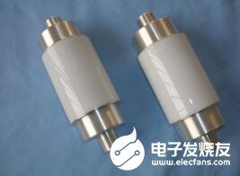 真空电容器的性能特点_真空电容的技术参数