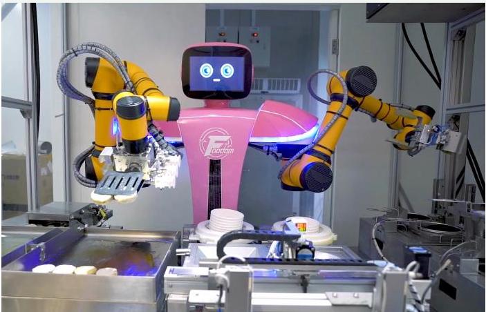 """机器人餐厅可以如何开启""""战争"""""""