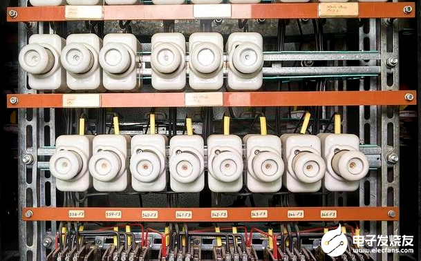 电气控制系统常见的四大保护