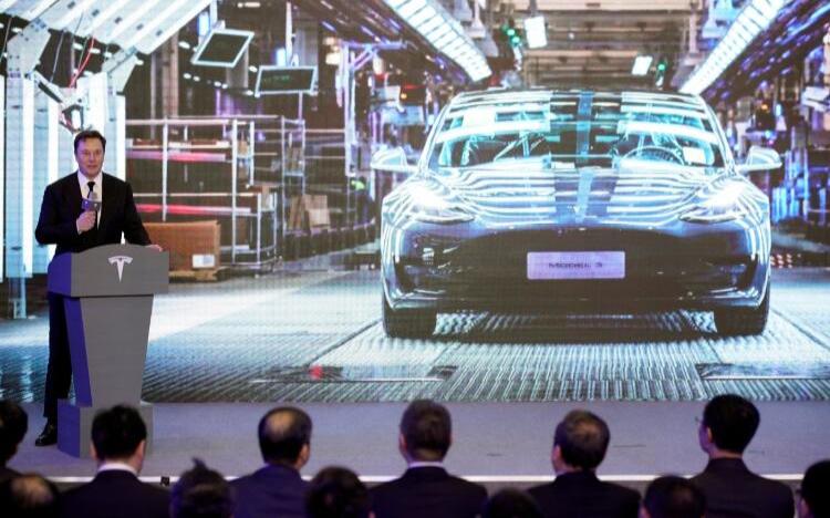 特斯拉市值破千億美元,如何撐起新能源汽車全球領航者的大旗?